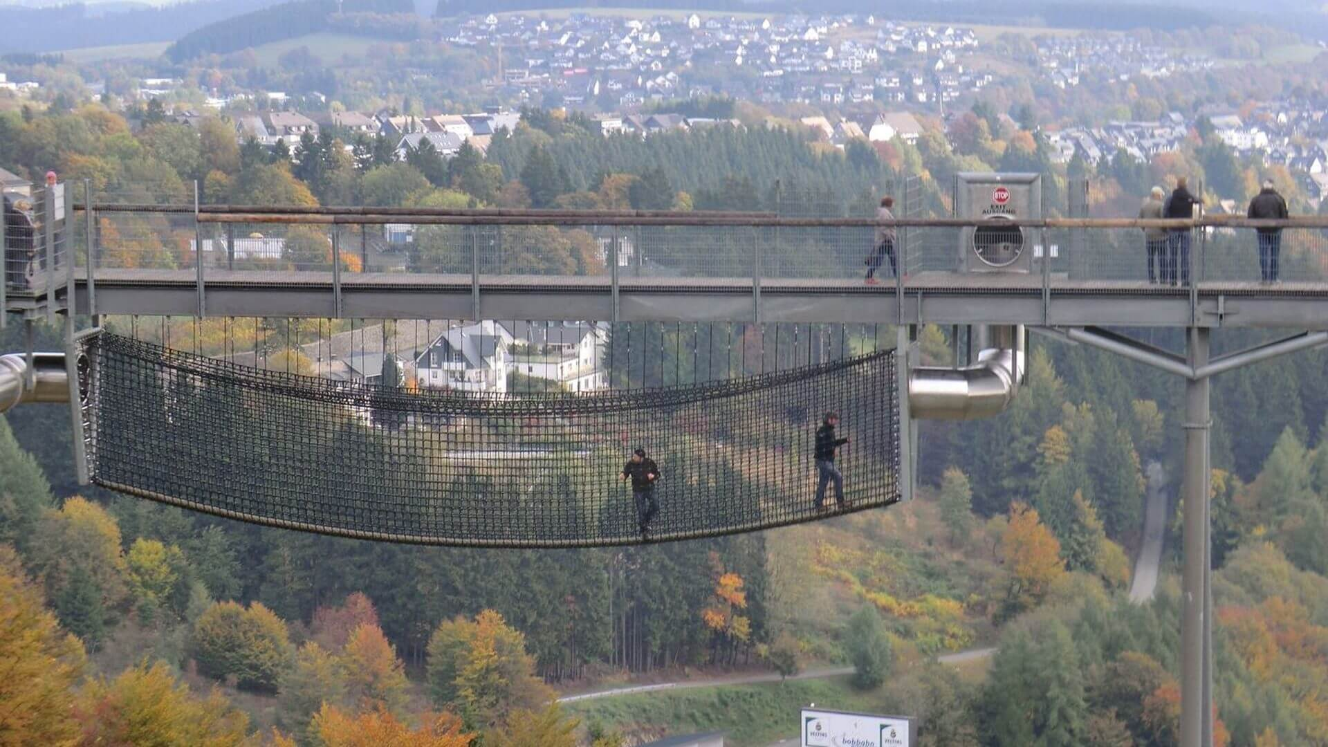 Panorama Erlebnis Brücke am Erlebnisberg Kappe in Winterberg