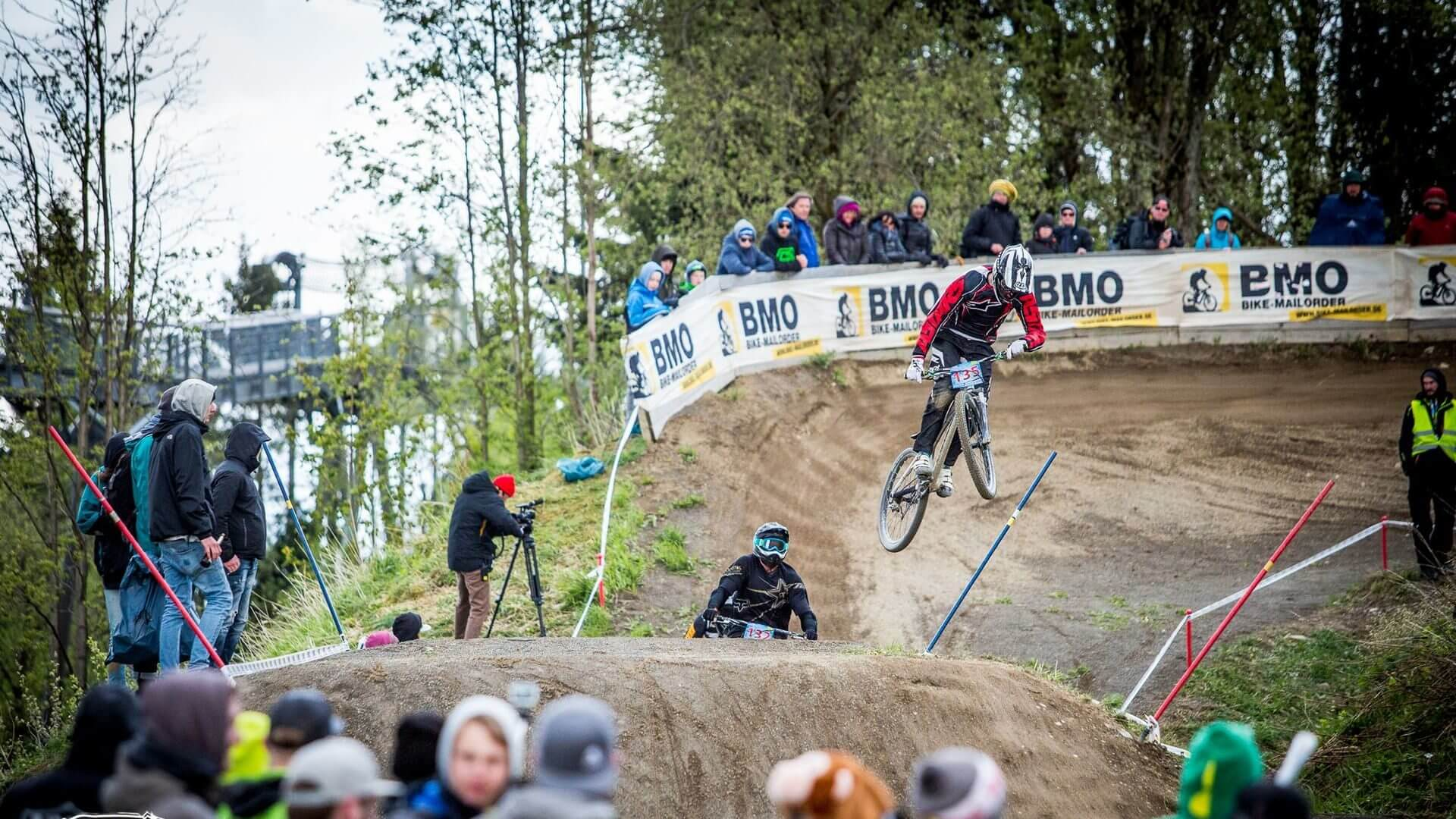 Sport aktiv Dirtmasters am Bikepark Winterberg Erlebnisberg Kappe